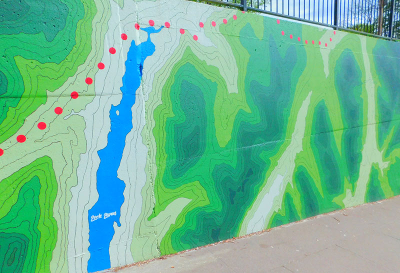 Underpass to Tesco and Gavin's Mill artwork completed