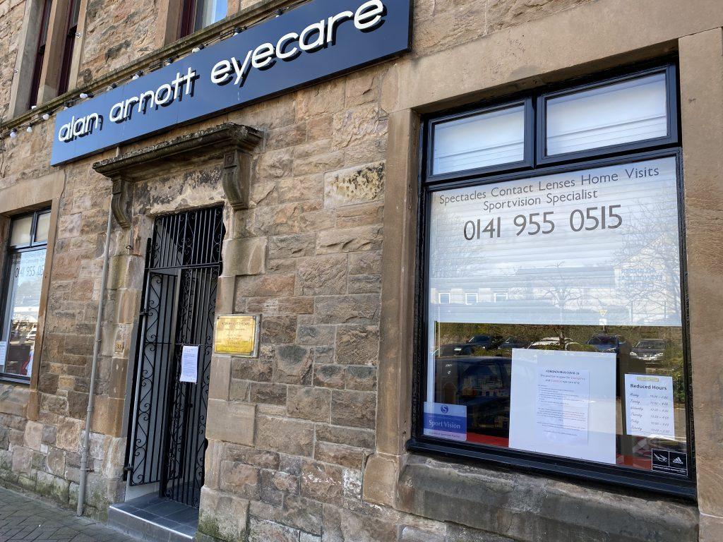 Alan Arnott Eyecare shop front