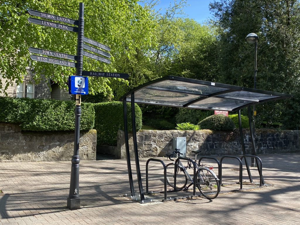 Covered cycle rack